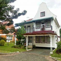 Sewa villa kota bunga 4 kamar type belanda