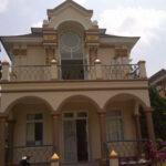 Sewa villa kota bunga puncak 2 kamar type praha