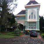 Villa viktoria di kota bunga puncak 4 kamar kapasitas 10-20 orang