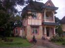Sewa villa kota bunga type birmingham 3 kamar