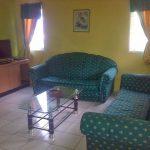 Dijual villa Carapan 2 kamar tidur lokasi di kota bunga puncak