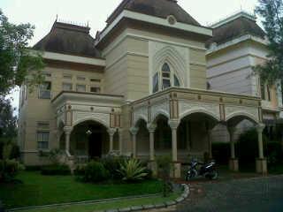 villa kota bunga type viktoria