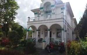 Villa kota bunga puncak 2 kamar type praha dekat little venice cipanas