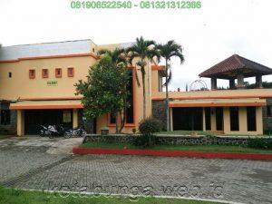 5A 1 Sewa villa di puncak ada kolam renang & Billiard kapasitas 20-50 Orang 2017