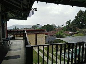 Sewa villa di cipanas puncak kolam renang pribadi murah, villa sukim 5 kamar