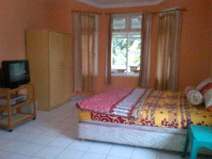 Sewa Villa Di Puncak Resort 5 Kamar Free Tiket Kolam Renang, Villa Gede