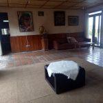 Villa Agus 5, sewa villa di puncak ada kolam renang, billiard & karaoke