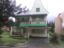 villa di puncak 4 kamar