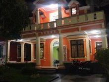 Sewa villa kota bunga type orlando 4 kamar Kuning 1