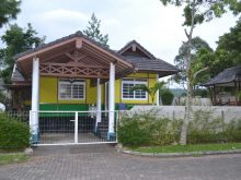 villa di puncak kota bunga type jepang 3 kamar ada gazebo